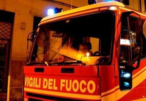 Villacidro/ 2° attentato contro la sindaca Marta Cabriolu: Le incendiano l'auto