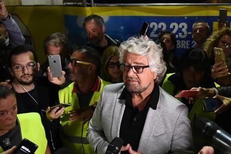 Beppe Grillo : se vuole Fico parla, è romanico
