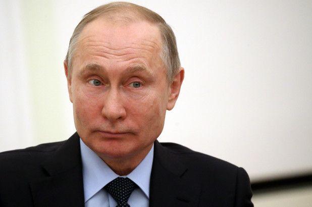 Vladimir Putin/ Independent : Il presidente sta male