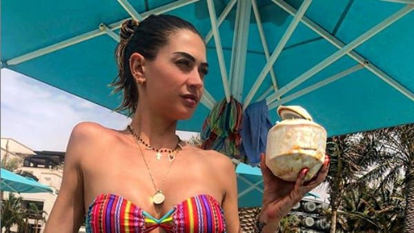 Melissa Satta bellissima mamma single a Dubai