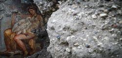 Leda e il cigno... ritrovamento piccante a Pompei