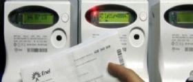 Luce e gas, la truffa delle bollette : Ecco il messaggio sospetto e le truffe telefoniche