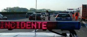 Autostrada A1 Parma : Scontro tra bus e camion, uscite bloccate