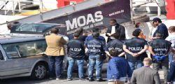 Migrante ucciso per cappellino : Fermato uno scafista