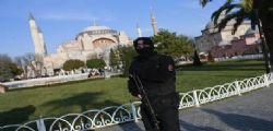 Ha un volto il killer di Istanbul : Forse 007 stranieri dietro strage