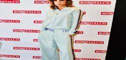Elisabetta sei troppo magra! la foto pubblicata dalla Canalis divide i fan