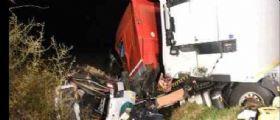 Scontro tra minibus e camion in Francia : 12 morti e due italiani feriti gravemente