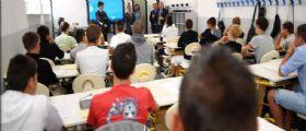 Verona, studentessa marina la scuola e cancella assenze dal registro : Condannata a pulire le aule