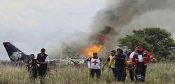 Messico, aereo si schianta in fase di decollo : nessun morto