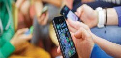 Russia : Ragazzina di 12 anni muore fulminata dallo smartphone