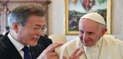 Papa Francesco disposto a visitare Kim Jong-un