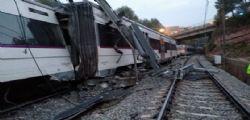 Spagna, deraglia treno di pendolari : un morto e 6 feriti