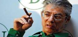 Umberto Bossi parlava di Roma ladrona e rubava soldi pubblici per sé e famiglia