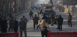 Attacco kamikaze a Kabul : almeno 40 morti