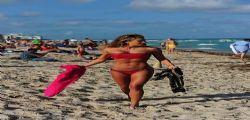 Jennifer Nicole Lee con un bikini mozzafiato a Miami