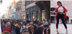 Troppi fan! Giulia De Lellis manda in tilt Roma