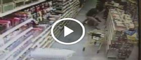 Miami : Un 30enne tenta di rapire ragazzina al supermercato - Video