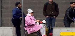 Brigitte Nielsen sulla sedia a rotelle a Philadelphia