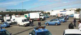 Roma, scontri al Car tra extracomunitari e vigilantes : Accoltellate due Guardie Giurate