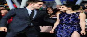 Compleanno Kristen Stewart : Robert Pattinson regala una penna da 30.000 euro