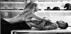 Wanda Nara in topless avvinghiata a Mauro Icardi