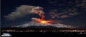 Etna : Eruzioni e pioggia di cenere su molti comuni di Sicilia e Calabria