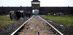 Treno per Auschwitz, scontro a Predappio