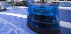 Modena : 40enne picchia a sangue amica in strada