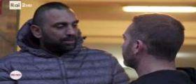 Reporter Rai aggredito: Il fratello del boss Spada non andrà in carcere e diventa idolo sui social