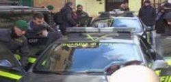 Napoli - Traffico internazionale di armi : arrestata una coppia di italiani