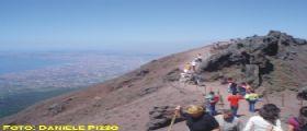 Napoli : scoperti rifiuti tossici ai piedi del Vesuvio