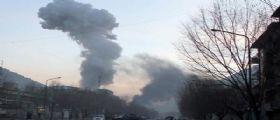 Attentato Kabul - ambulanza-bomba fa strage: Almeno 40 morti e 140 feriti