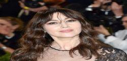 Monica Bellucci : trasparenze al Met Gala con Valentino