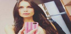 Antonella Mosetti : selfie in sauna e Lato B perfetto