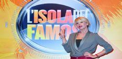 Stasera in TV - Guida Film e Programmi 29 gennaio : Romanzo famigliare, L'isola dei famosi, John Wick