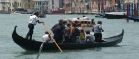 Venezia | No ai trolley dei turisti : Troppo rumore disturbano il sonno dei veneziani