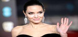 Angelina Jolie si sta riprendendo dal divorzio con Brad Pitt