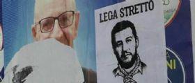 Imola, nuovo manifesto choc contro Salvini: Ritratto col cappio al collo e la scritta Lega stretto