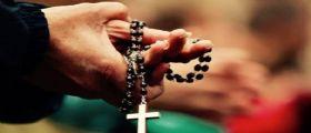 Napoli, sesso in canonica : Il dossier consegnato in Curia - Coinvolti 60 sacerdoti di varie diocesi
