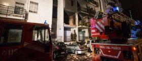 Roma, Colli Aniene: Esplode palazzo 1 morto e 13 feriti i residenti si lanciano dalle finestre