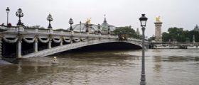 Maltempo Parigi : Atteso il picco pieno della Senna, livello a 5,90 metri