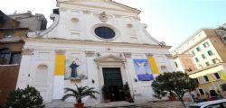 Roma : Arrestato polacco che sfregia statua e minacciato una suora