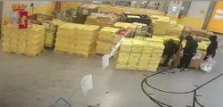 Carte di credito rubate al centro postale: un bottino da un milione di euro