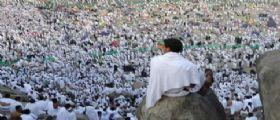 Strage a La Mecca : Pellegrini muoiono soffocati e schiacciati dalla folla