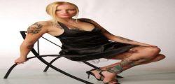 Ina Groll  : Neonazisti cacciano la loro portavoce hot Kitty Blair