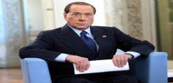 Silvio Berlusconi : Beppe Grillo è pazzo, mi fa paura