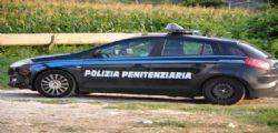 Pisa : Molotov contro auto penitenziaria