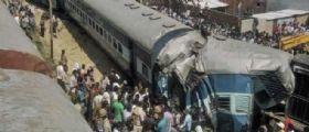 New Delhi, India : Il treno deraglia vicino alla stazione, almeno 15 morti e 150 feriti