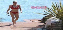 Lato B da urlo! Michelle Hunziker è uno schianto in bikini