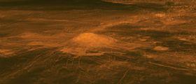 Venere: la lava scorre su Idunn Mons
